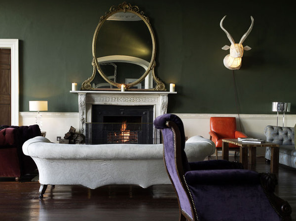 dark-green-walls-luxury-real-estate