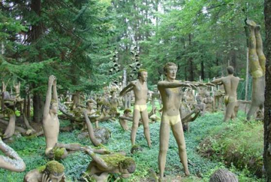 finland_statue2_6