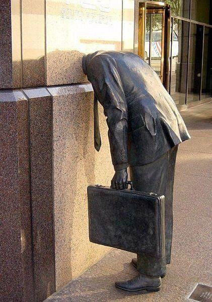 unusual_statues_around_the_world_4